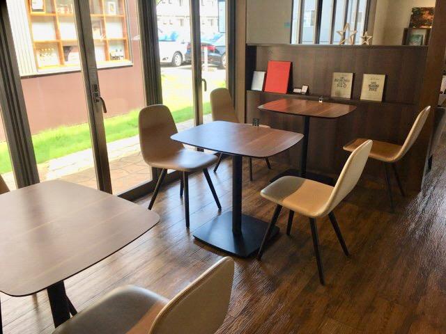 LUSSO(ルッソ)上越市にあるサロン併設のおしゃれカフェ